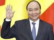 政府总理阮春福启程出席APEC第二十六次领导人非正式会议