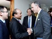 阮春福总理会见美国企业代表团
