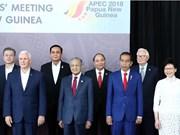 阮春福会见中国香港和新西兰领导人
