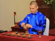 承天顺化省茶艺大师比赛吸引15个国家代表参加