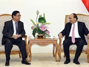 阮春福总理会见旅居海外越南人联络协会代表