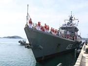 泰国海军舰艇访问越南富国岛