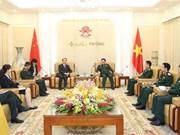 越南国防部部长吴春历大将会见中国新任驻越大使