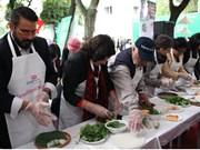 2018年国际美食节向国际友人介绍越南风土人情