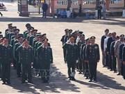 推翻种族灭绝制度胜利40周年:柬埔寨王家军代表团瞻仰嘉莱省烈士陵园