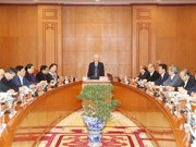 越南人民军全军各级党委和指挥机关坚持遵守党的领导