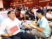 """""""红色星期日""""无偿献血活动在全国各省市举行"""