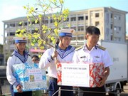 越南海洋岛屿:向长沙群岛上军民送上新春祝福和慰问品