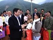 越共中央组织部部长范明正视察清化省洪灾后恢复重建工作