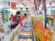 越南工贸部:确保春节期间市场供求平衡物价稳定