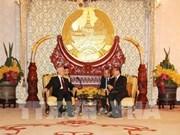 阮富仲会见原老挝人民革命党中央委员会总书记、老挝国家主席朱马利·赛雅颂