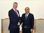 政府总理阮春福会见美国波音集团和英国汇丰集团领导