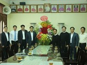 河内市领导对郑玉轩连任赎世主会领导表示祝贺