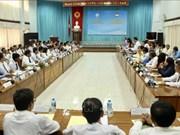 越南安江省与柬埔寨干丹省和茶胶省合作建设和平友谊边界线