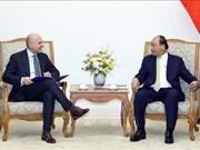 越南政府总理阮春福会见意大利驻越大使