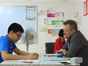 在越南的64%外国人参加强制性社会保险