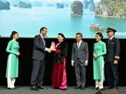 阮氏金银出席空客客机交付仪式和FPT驻法国代表处开业仪式