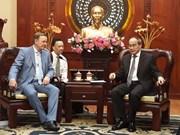 胡志明市与德国图林根州加强职业培训领域合作