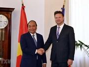 阮春福总理建议捷克众议院与越南国会加强立法合作