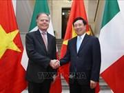 意大利外长米拉内西访问越南  与越南外长范平明举行会谈