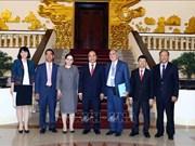 越南政府总理阮春福会见罗马尼亚外交部国务秘书格奥尔基策