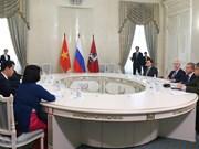 河内与莫斯科加强多方面合作