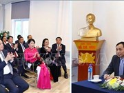 越南政府总理阮春福会见旅居挪威越南人代表