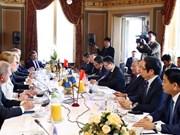 越南政府总理阮春福会见瑞典一流企业领导