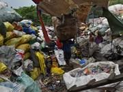 菲律宾在同加拿大的垃圾纠纷中保持强硬态度