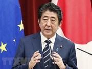 日本首相承诺与东盟合作解决海洋垃圾问题与保护自由贸易和航行秩序