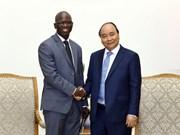 阮春福总理会见世行驻越首席代表奥斯曼·迪奥