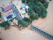 印尼多地遭受洪水和泥石流灾害