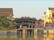 保护会安古城廊桥古老风貌是当务之急