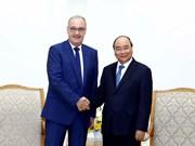 政府总理阮春福会见瑞士经济、教育及科研部长
