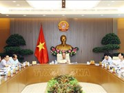 越南政府常务委员会召开会议  阮春福总理主持并讲话