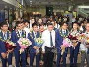 越南学生代表团从国际奥林匹克数学竞赛凯旋而归