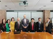 越南与加拿大互相交换国家机构组织与管理经验