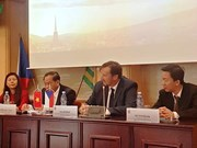 芹苴市代表团赴捷克了解经贸合作机会