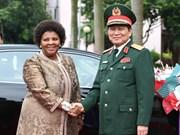 越南与南非致力于加强防务合作