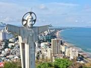 越南最大耶稣像(组图)