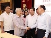 越共中央总书记、国家主席阮富仲与河内市选民接触