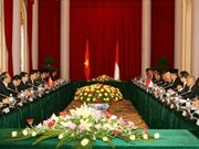 阮明哲主席与印尼总统进行会谈