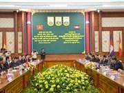 越南公安部代表团访问柬埔寨