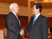 推动越南与美国建立战略伙伴关系