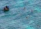 成功救助海上遇难的7名越南船员