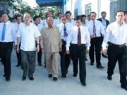 越柬两国国会主席访问越南橡胶工业集团