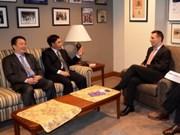 加拿大重视与越南发展合作关系