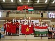 越南体育代表团在第七届世界毽球锦标赛奖牌榜上居首位