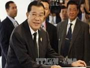 柬埔寨首相承诺致力维护和平及政治稳定