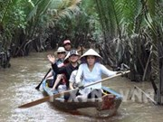 越南在新加坡推介水路旅游